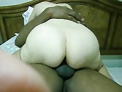Cuckolding mature wifey keep spunking on big black cock and get creampied