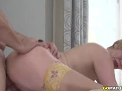 Mature damsel Rina boinking and deepthroating