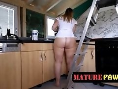 fat ass wife cleaning house butt naked