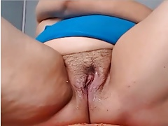Squirting Mature R20