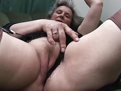 Gradual granny upskirt added to pussy joshing