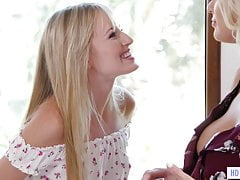 Mother and lezzy step daughter-in-law Scarlett Sage