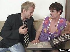 Old bitch enjoys riding young dick