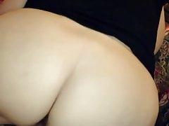 Hefty bootie getting hefty cock
