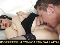 Audition ALLA ITALIANA - Breasty cougar torn up in shaggy labia