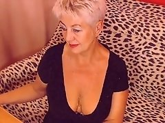 Grandma masturbates and cums on cam
