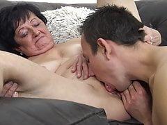 He humps grannie!