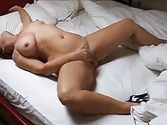 Mature cougar Marjan truck Gessil draining to climax
