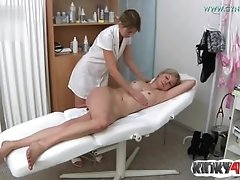 Hot mom fetish with cumshot