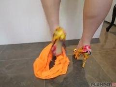 BBW praised Samantha 38G Swallows chunky baleful load of shit