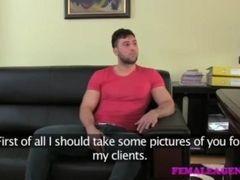 Romanian lady Agent