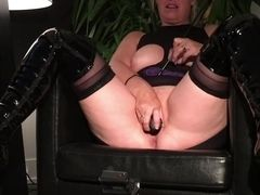 Enslaved cougar marionette wifey Putting on a demonstrate getting her melons and muff cropped