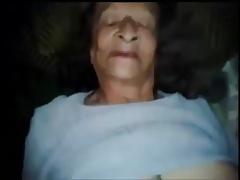 Old Granny - Vieja Abuela