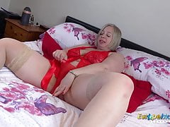 EuropeMaturE Shooting starlet inviting Solo have fun