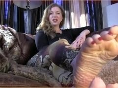 Mommy's oiled soles