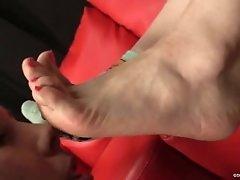 slave girl worship her mature mistress pretty socks hot