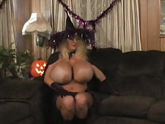 Halloween cougar with highly fat silicone jugs