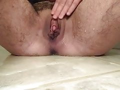 Humid pleasure button wooly snatch pissing