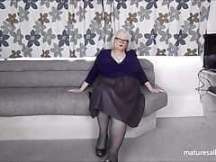 Displaying off my gams in lacey tights