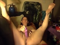 Granny''s Got a Squirting Cunt