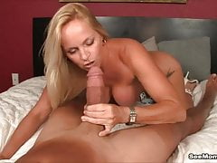 Insane cougar Gets exhilarated To observe super-hung man bare