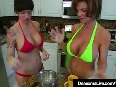 Texas milf Deauxma munches Angie Noir's cootchie In The Kitchen!