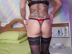 Mature sexy mom with thirsty vagina